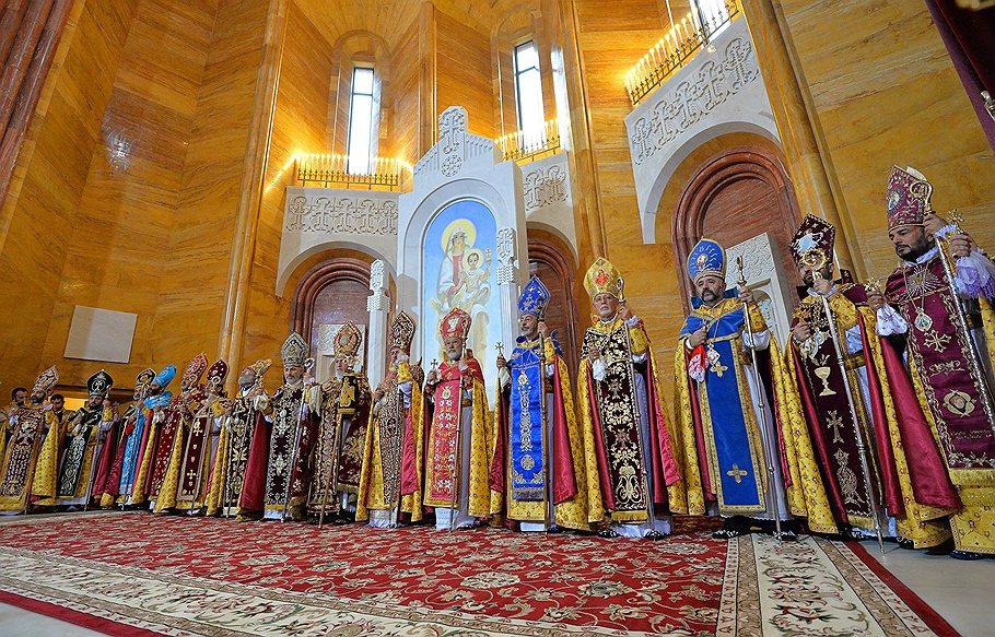 Священники армянской апостольской церкви