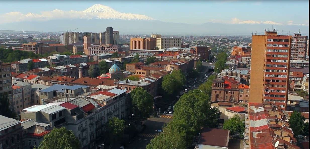 Ереван. Кадр из фильма.