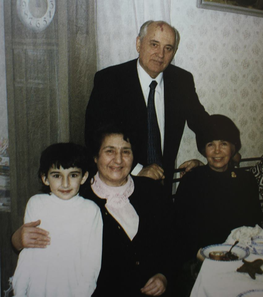 Горбачёвы в гостях у Нами, 1995 г.